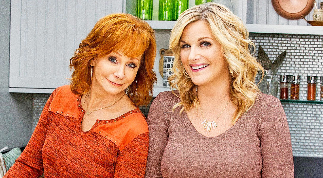 Trisha yearwood Songs | Reba McEntire Joins Best Friend Trisha Yearwood On Cooking Show | Country Music Videos