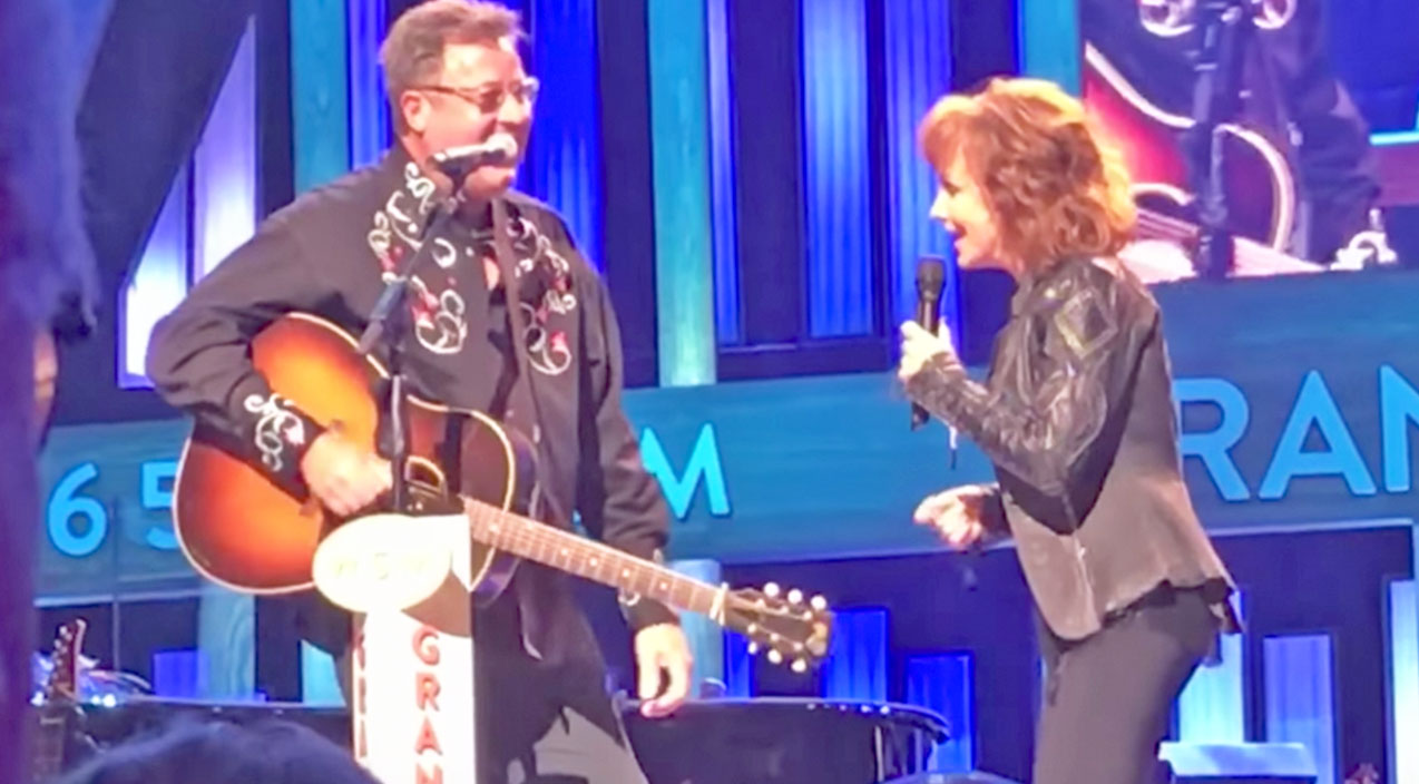 Vince gill Songs | Vince Gill Joins Reba For Swingin' Opry Performance Before Giving Her A Tearful Surprise | Country Music Videos