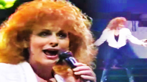 Reba mcentire Songs | Reba McEntire - Take it Back (LIVE 1993) (VIDEO) | Country Music Videos