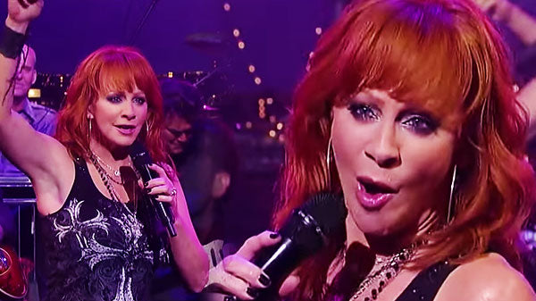 Reba mcentire Songs | Reba McEntire - Turn On the Radio (LIVE on David Letterman) | Country Music Videos