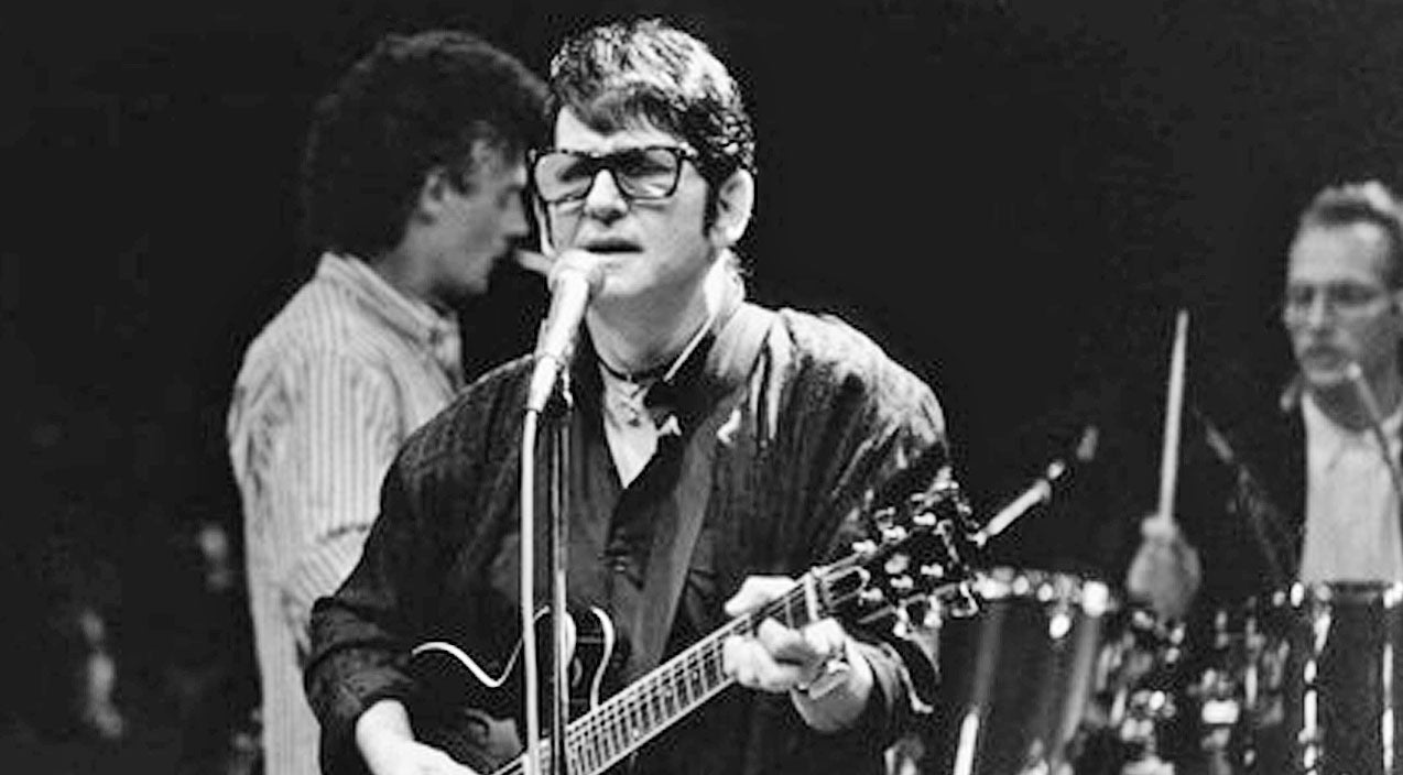 Remembering Roy Orbison With One Of His Most Emotional Ballads | Country Music Videos