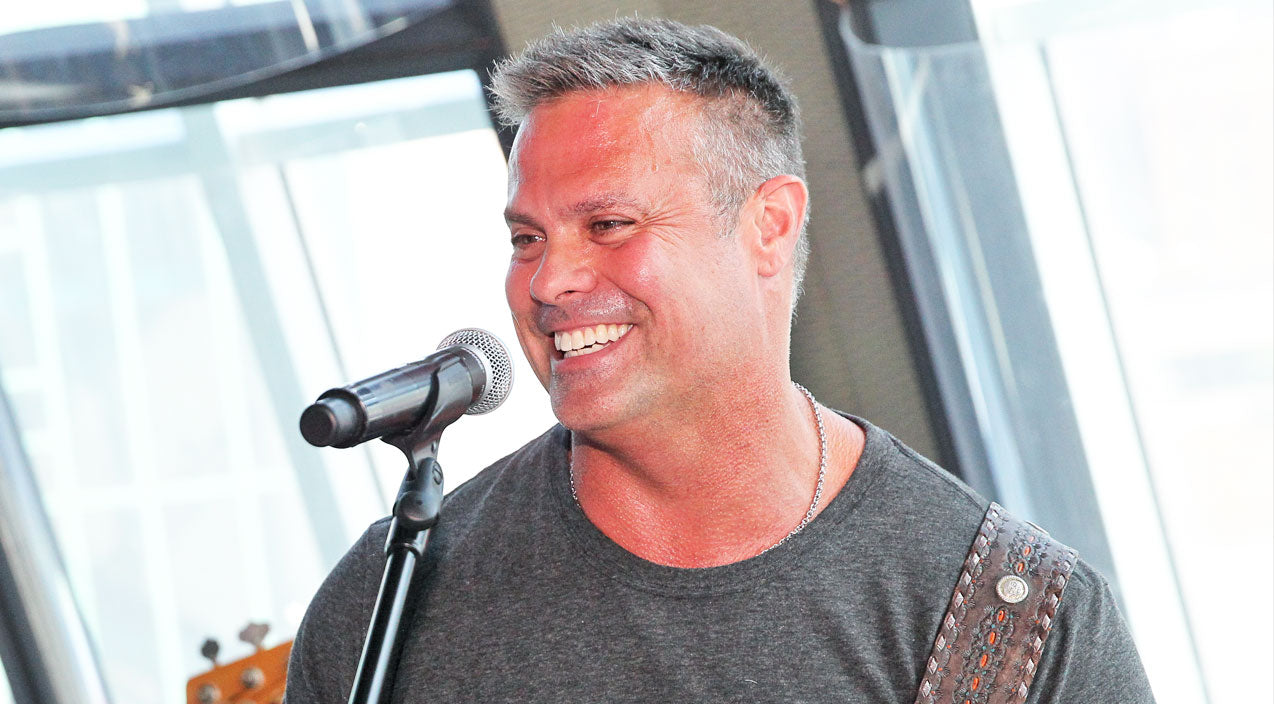Montgomery gentry Songs   Heartbroken Country Stars React To Troy Gentry's Death   Country Music Videos