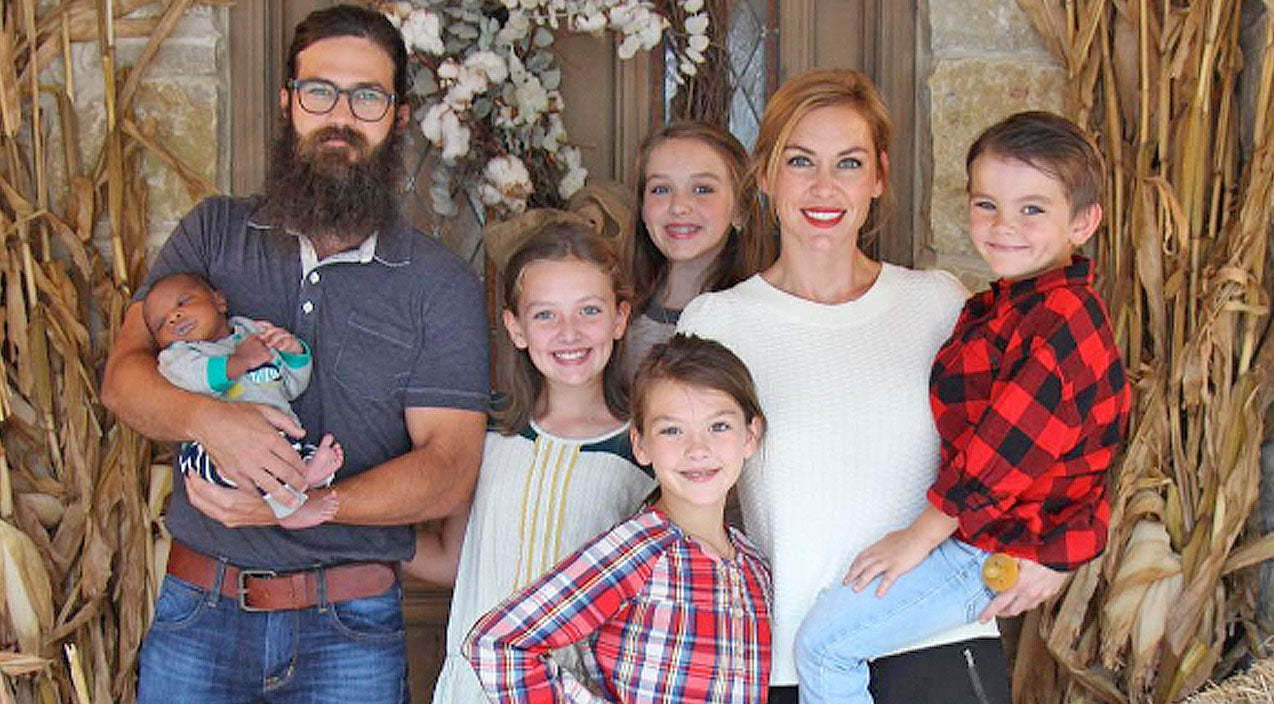 Jessica robertson Songs | Jep Robertson Shares ADORABLE Photo of His Sons Matching | Country Music Videos
