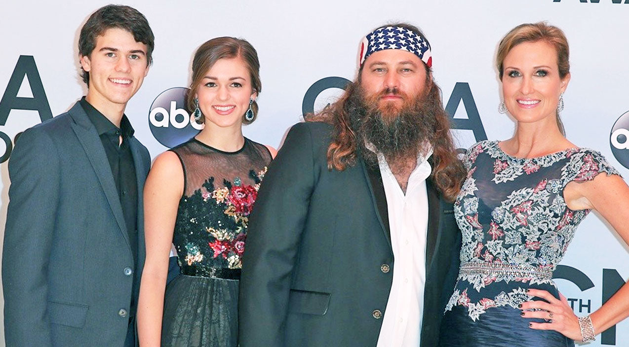 Sadie robertson Songs | Korie Robertson Shares A Photo Of Sadie And John Luke Looking Identical | Country Music Videos