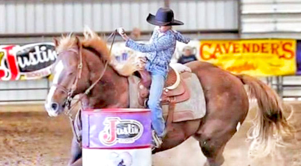 12-Year-Old Barrel Racer Dies After Devastating Rodeo Accident | Country Music Videos
