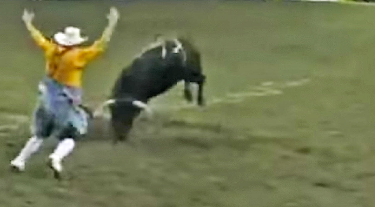 Fearless Bullfighter Backflips Over Angry Bull In Mind-Blowing Video | Country Music Videos
