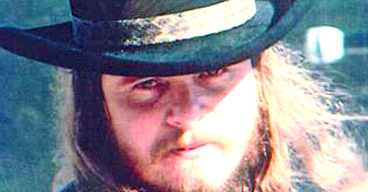 Ronnie van zant Songs | In Rare Interview, Ronnie Van Zant Sets The Record Straight Concerning Two Of Skynyrd's Biggest Hits | Country Music Videos