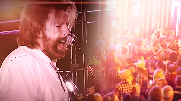 Brooks and dunn Songs | Ronnie Dunn - Kiss You There (Live at CMA Music Festival) | Country Music Videos
