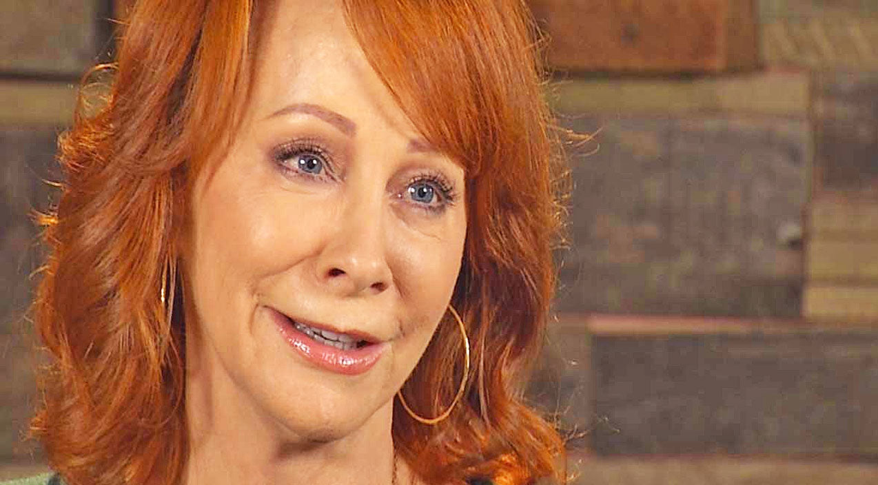 Reba mcentire Songs | Reba McEntire Shares Touching Words About Band Members Lost In Plane Crash | Country Music Videos