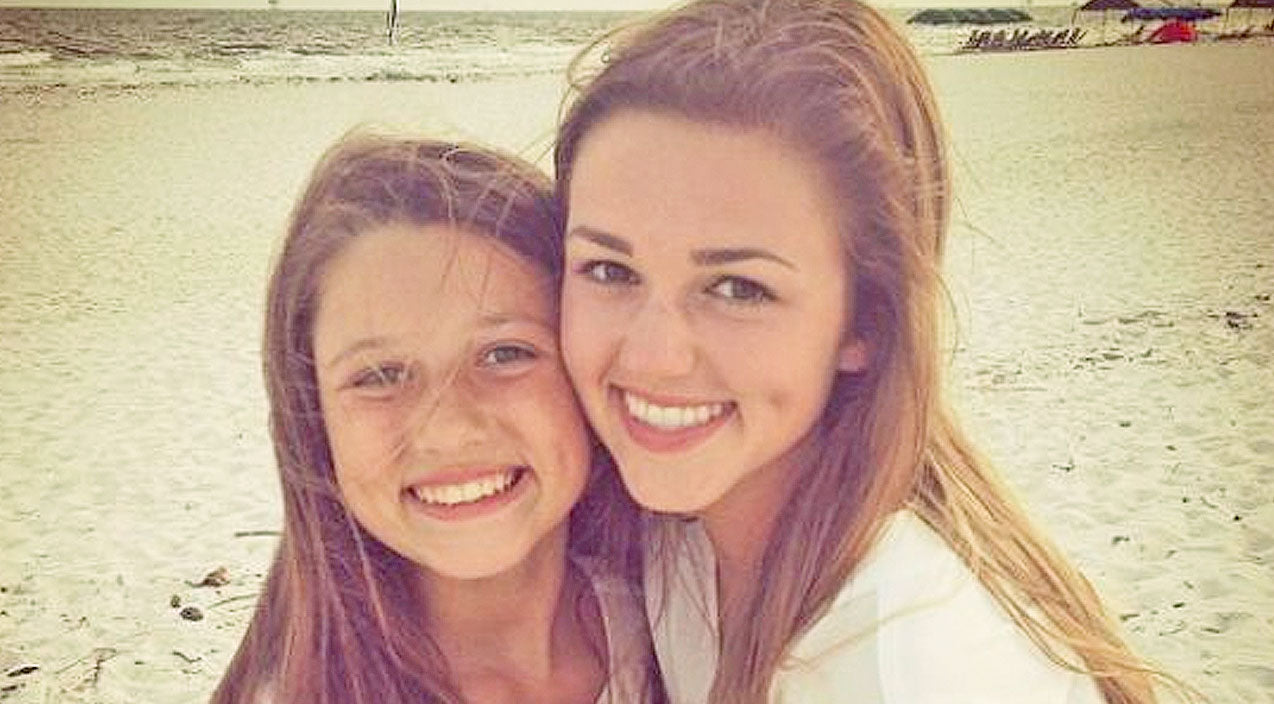 Sadie robertson Songs | Sadie Robertson Looks Identical To Little Sister While Soaking Up Miami Sun | Country Music Videos