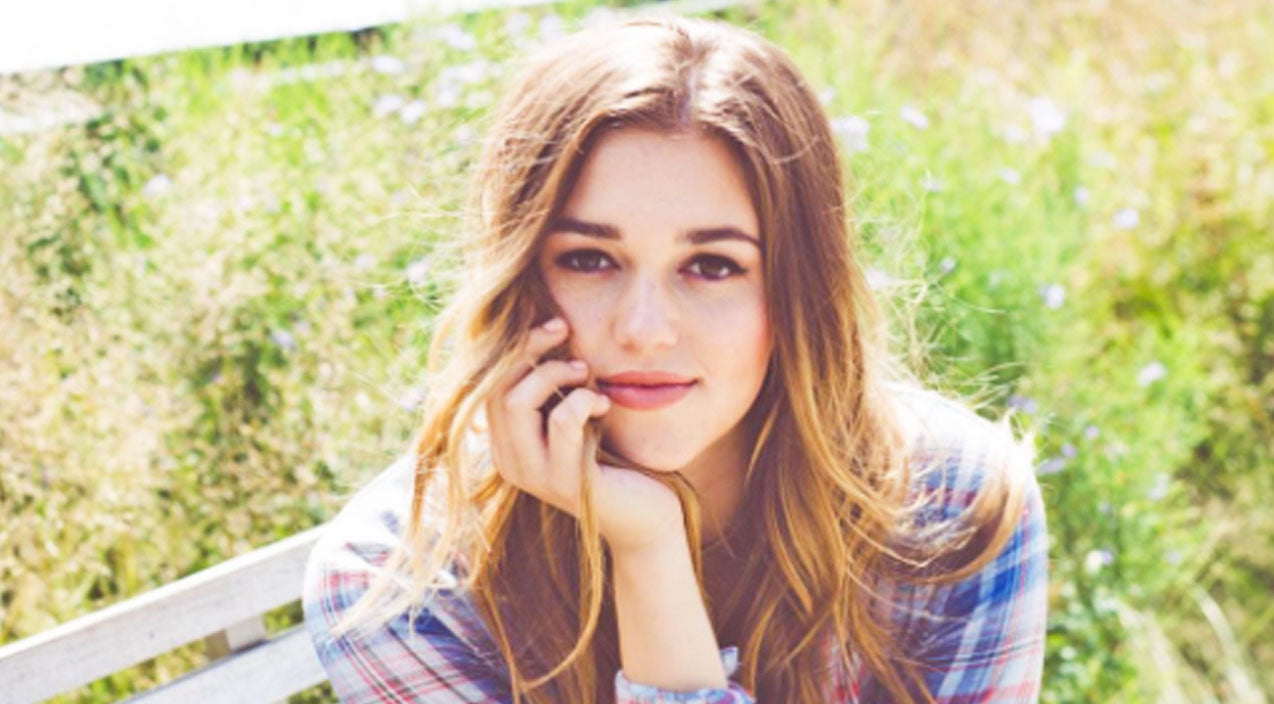 Sadie robertson Songs | Sadie Robertson's Clothing Line Possibly In Jeopardy | Country Music Videos
