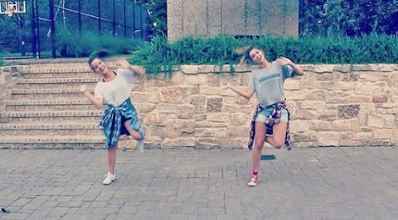 Sadie robertson Songs | Mary Kate And Sadie Robertson Show Off Their Moves In Impromptu Dance | Country Music Videos