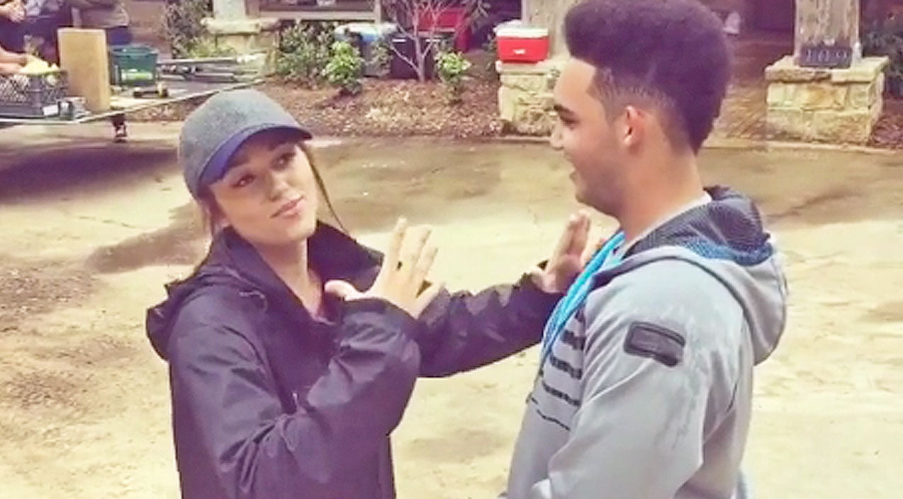Sadie robertson Songs | Sadie Robertson And Younger Brother Face Off In Hilarious Rap Battle: Who Will Win? | Country Music Videos