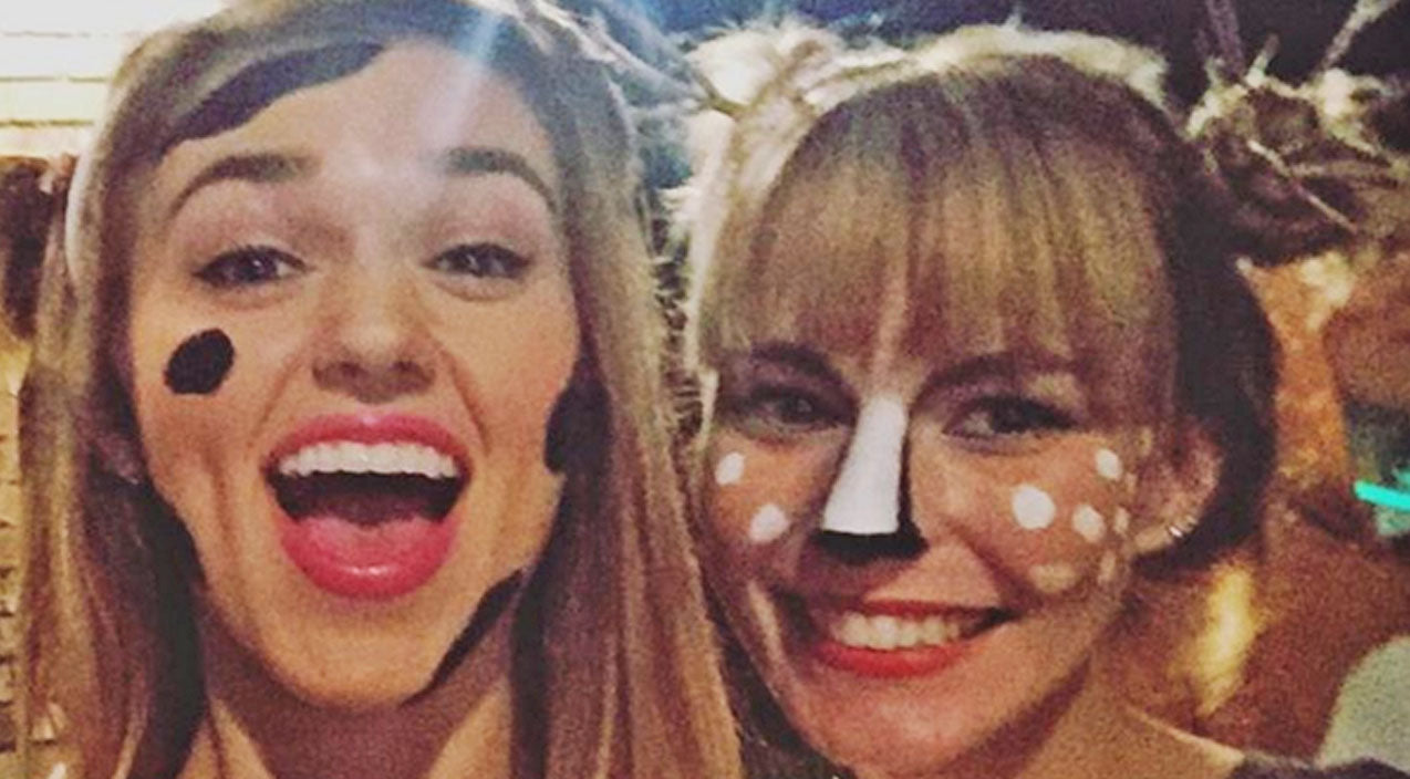 Sadie robertson Songs | Holy Cow! Sadie Robertson Wins Award For Her Adorable Halloween Costume (PHOTOS) | Country Music Videos
