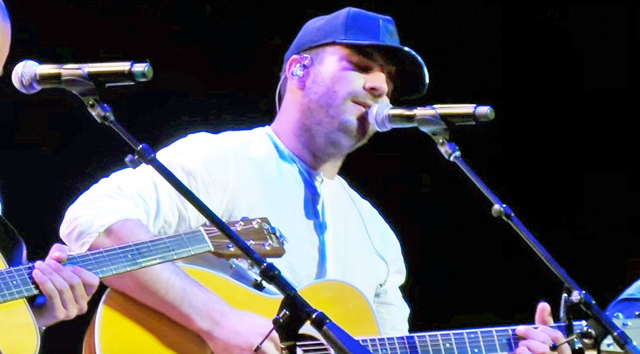 Sam hunt Songs | Sam Hunt Steals The Show With Passionate Cover Of Little Big Town's 'Girl Crush' | Country Music Videos