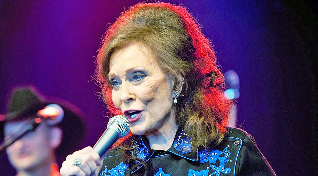 Loretta lynn Songs | Loretta Lynn Shares Shocking Details Of Confrontation With Her Husband's Admirer | Country Music Videos