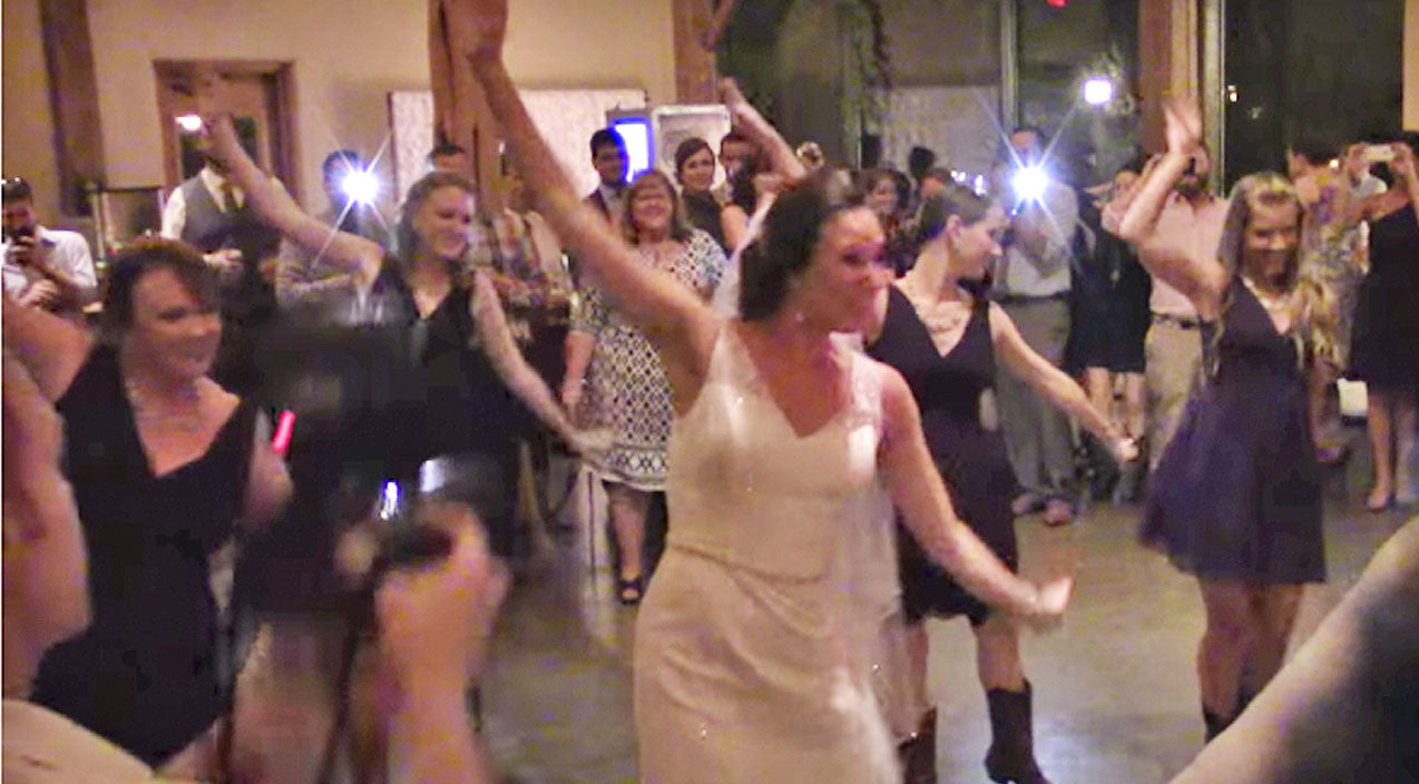 Viral content Songs | Bride Gets Help From Wedding Guests For Epic Flash Mob Surprise | Country Music Videos