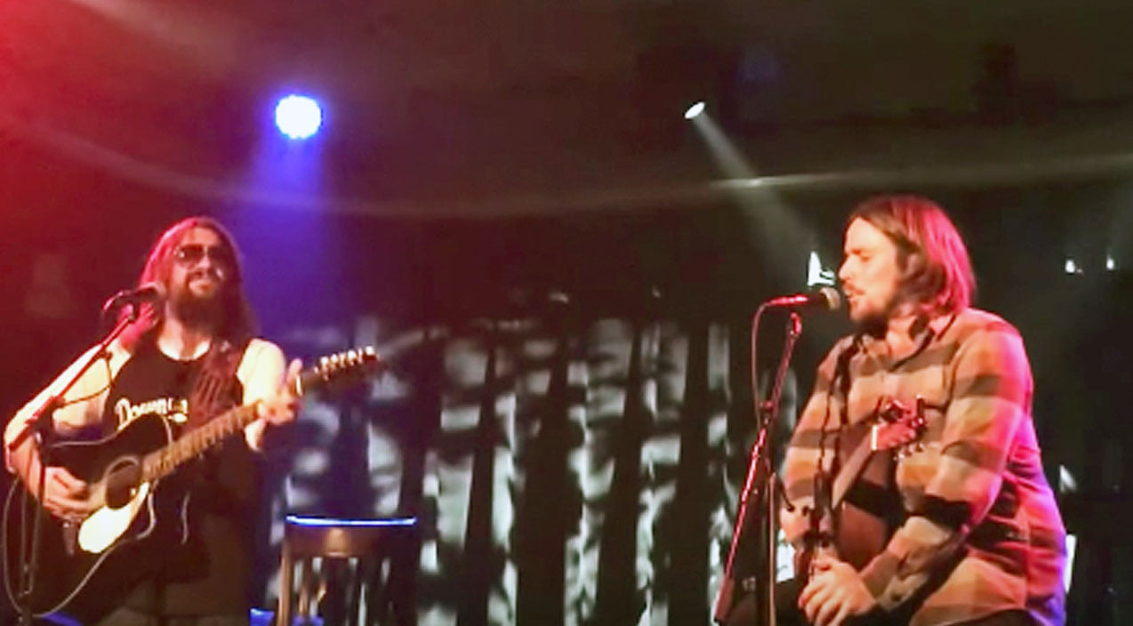 Willie nelson Songs | Lukas Nelson & Shooter Jennings Honor Their Fathers With Rockin' 'Good Hearted Woman' | Country Music Videos