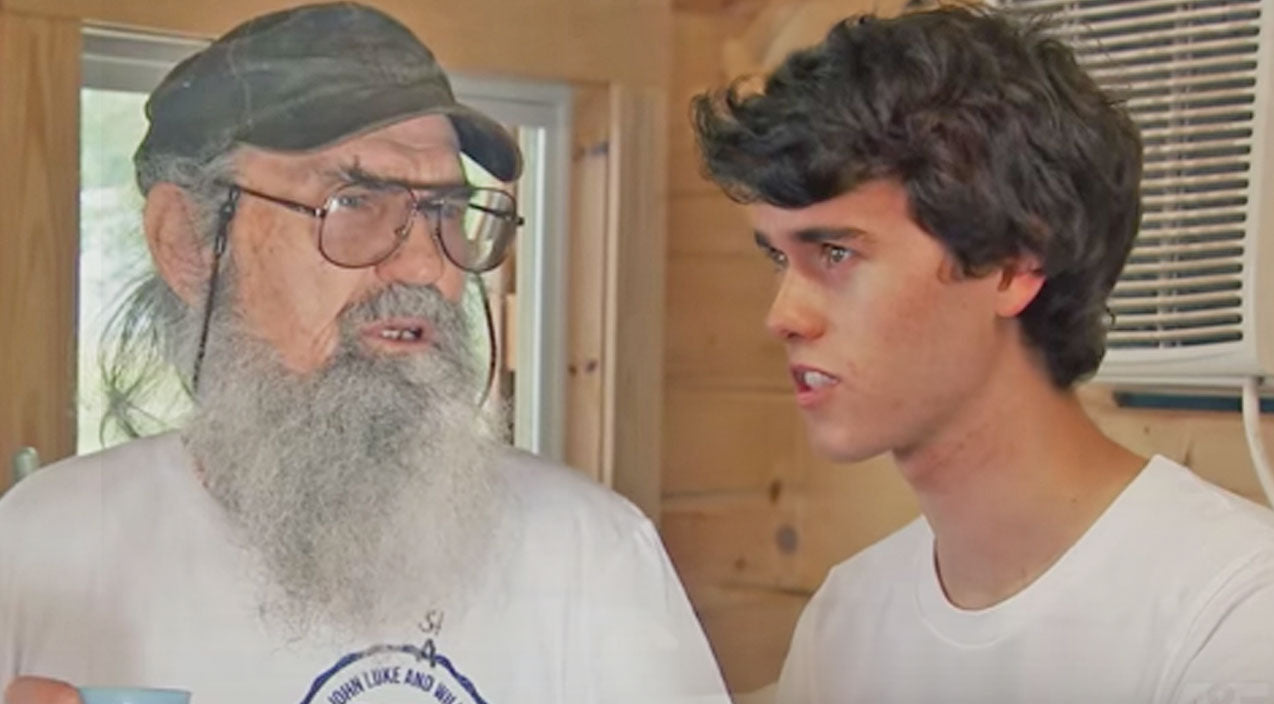 Si robertson Songs   Hilarity Ensues When Uncle Si Tries To Help John Luke With His New Business   Country Music Videos