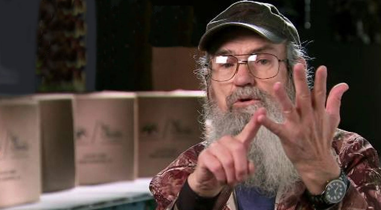 Si robertson Songs | Uncle Si Makes Startling Confession In New Book | Country Music Videos