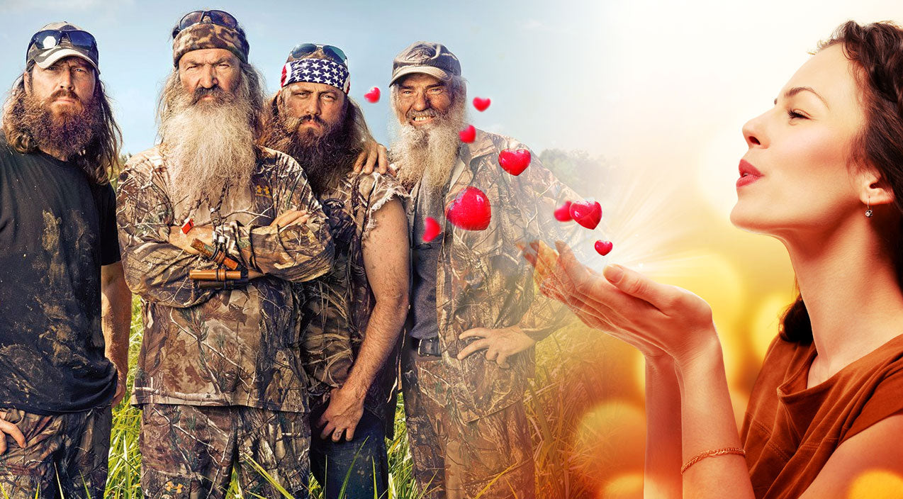 Women Are Lovestruck By This Robertson, And Y'all Won't Believe Who! | Country Music Videos