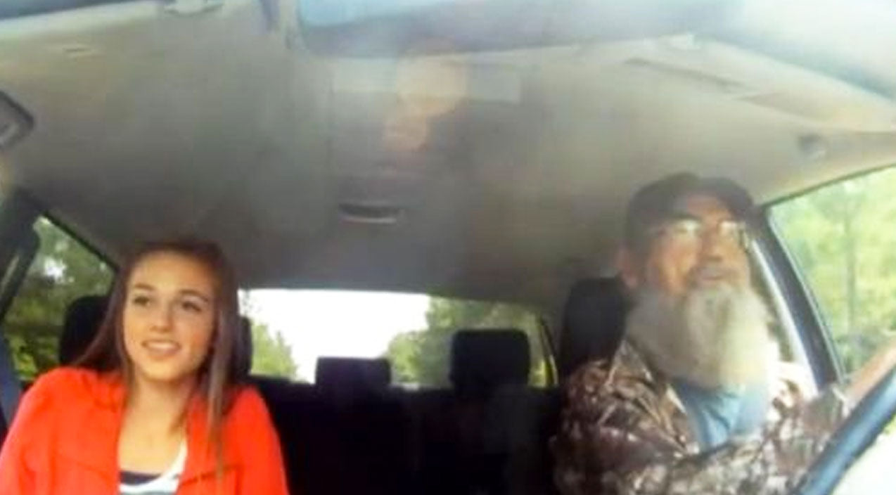 5. When Uncle Si Taught Sadie How To Drive | Country Music Videos