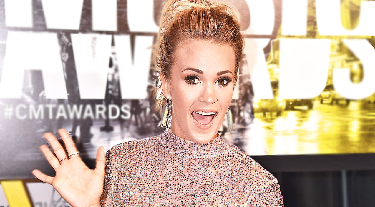 Modern country Songs | Carrie Underwood Snaps Giggle-Worthy Photo With Adorable New Friend | Country Music Videos