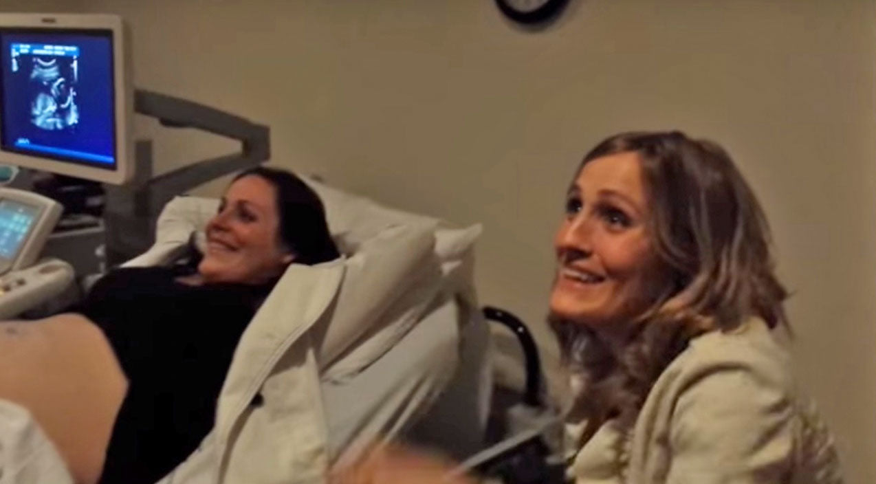 Funny Songs | Her Reaction To Her Sister Having Twins Is Priceless! | Country Music Videos