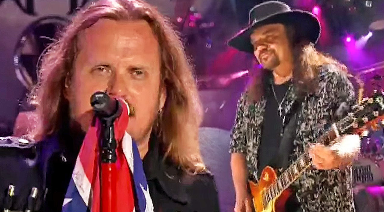 Lynyrd skynyrd Songs | Skynyrd Brings Down The House With Gripping Live Performance Of 'Sweet Home Alabama' | Country Music Videos