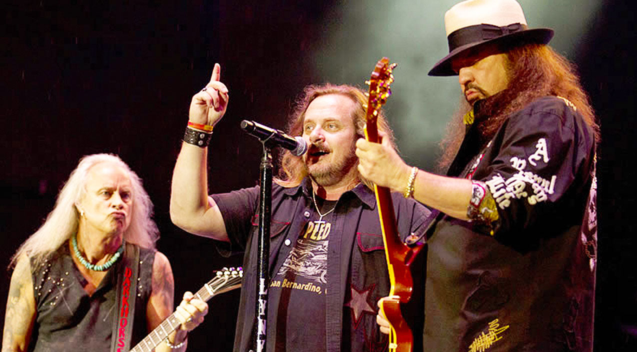 Lynyrd skynyrd Songs | Lynyrd Skynyrd Cranks Up The Heat In Brazil With Steamy Performance Of 'Down South Jukin'' | Country Music Videos