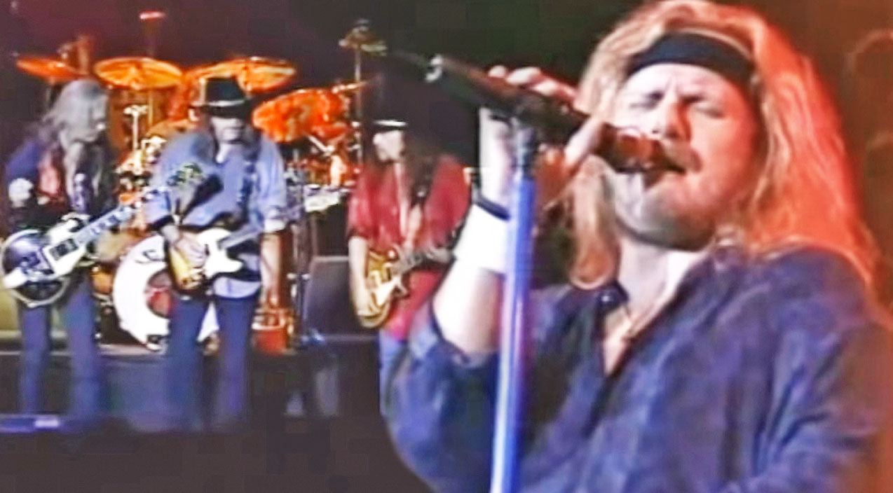 Lynyrd skynyrd Songs | Groovin' Live Performance Of Lynyrd Skynyrd's 'I Know A Little' Will Make You Get Up And Dance | Country Music Videos