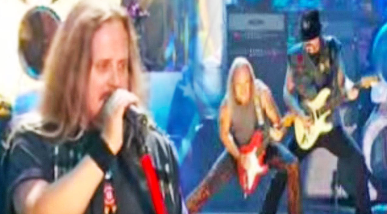 Lynyrd skynyrd Songs | Get Ready To Boogie Along To Skynyrd's Adrenaline-Packed Performance Of 'I Know A Little' | Country Music Videos