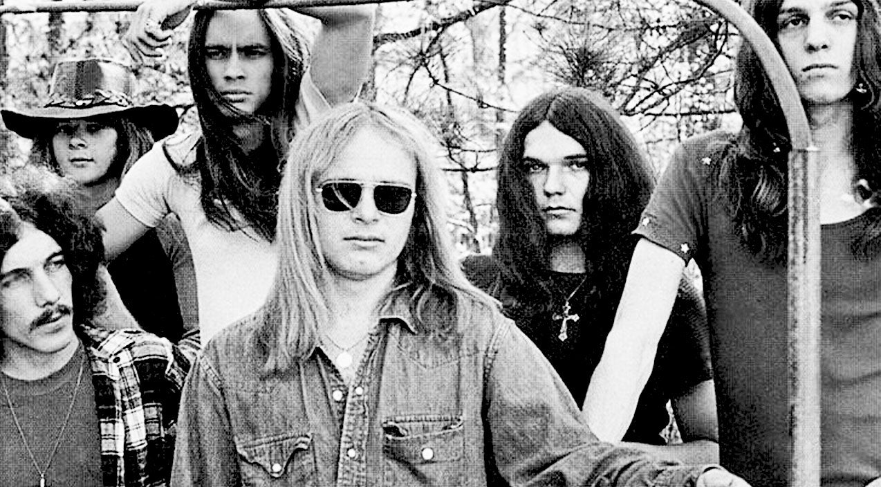Lynyrd skynyrd Songs | Skynyrd's Muscle Shoals Recording Of 'Preacher's Daughter' Is Sinfully Good | Country Music Videos
