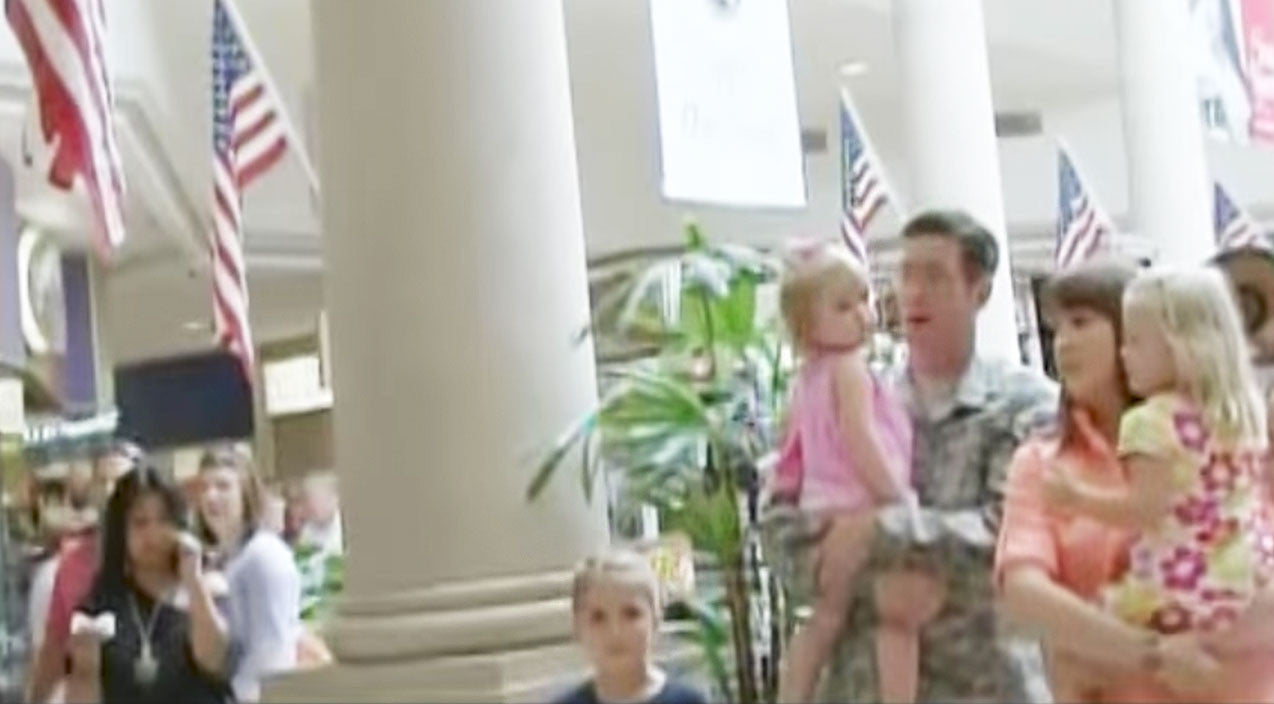 Viral content Songs | Flash Mob Overwhelms Soldier With Beautiful Serenade During Family Shopping Trip | Country Music Videos