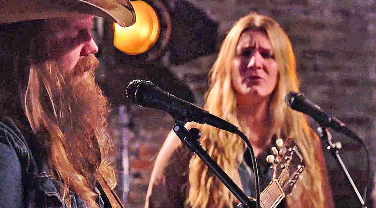 Modern country Songs | Chris Stapleton & Wife Give Unforgettable Duet Of 'Traveller' | Country Music Videos