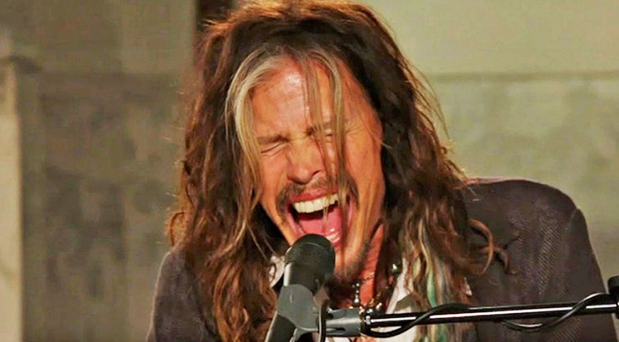 Steven tyler Songs | Steven Tyler's Haunting 'Dream On' Tribute To Boston Marathon Victims Will Give You Chills | Country Music Videos
