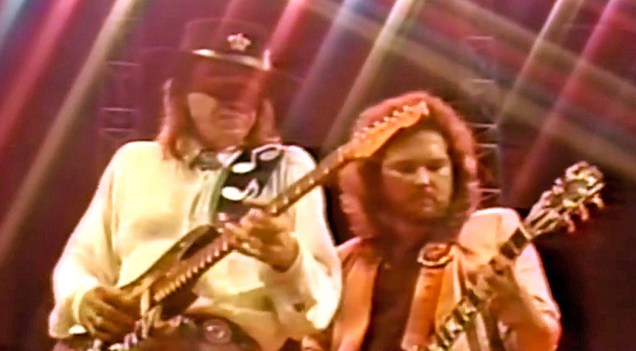 Lynyrd skynyrd Songs | 2. Stevie Ray Vaughan: