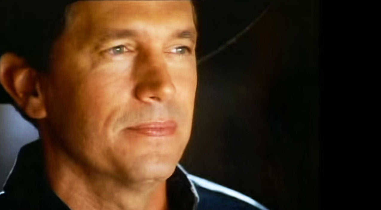 George strait Songs | George Strait Shatters Our Hearts In Passionate 'Carrying Your Love With Me' | Country Music Videos