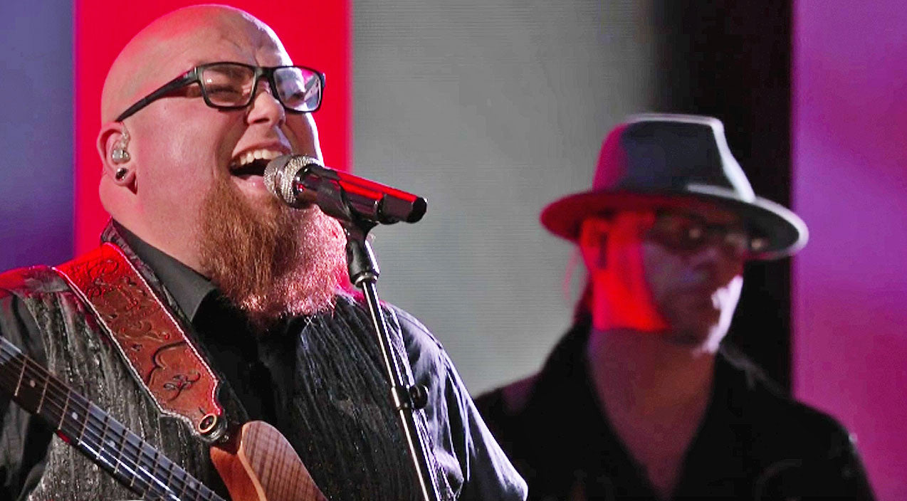 Chris stapleton Songs | Country Powerhouse Ignites 'Voice' Stage With Fiery Chris Stapleton Hit | Country Music Videos