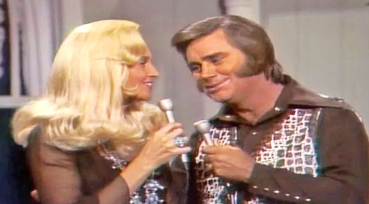 Tammy wynette Songs | 6. 'We're Gonna Hold On' Was Partially Inspired By...A Holiday Inn?! | Country Music Videos