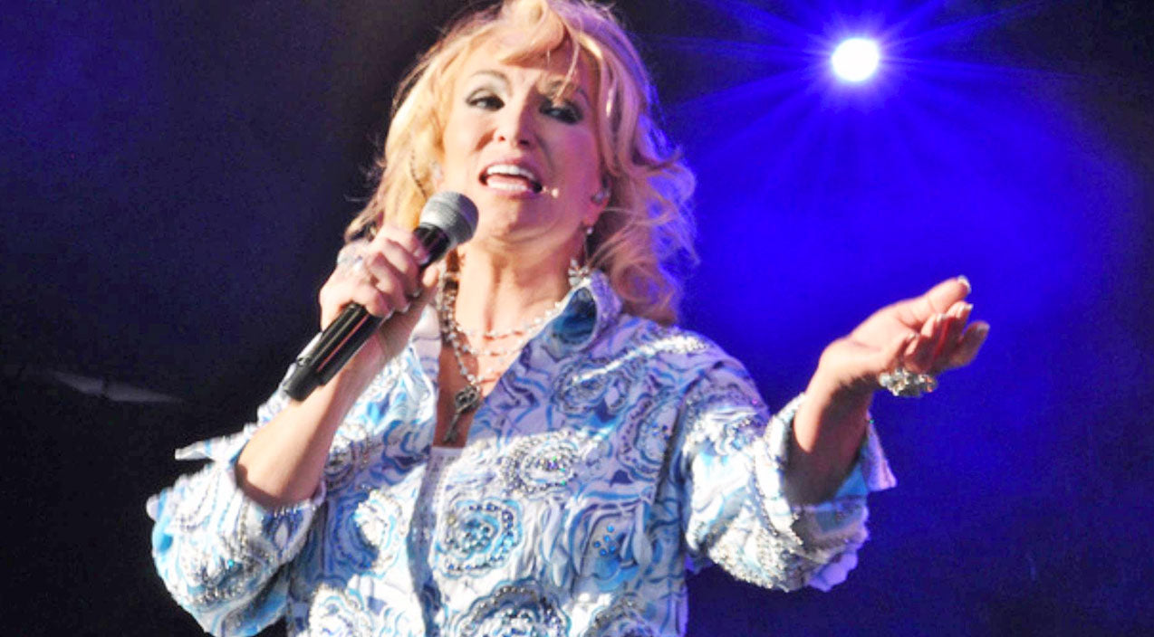 Tanya tucker Songs   'This Cause Is Important To Me' - Tanya Tucker Talks Alzheimer's   Country Music Videos