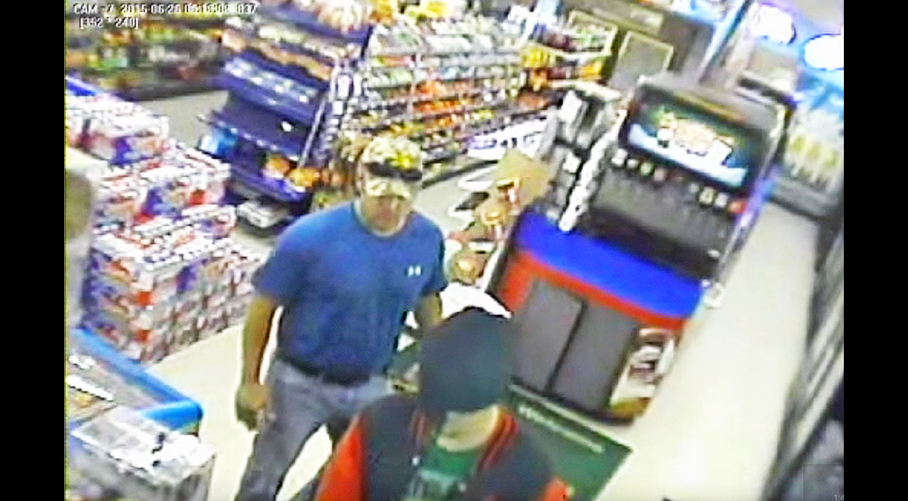 Don't Mess With Texas: Country Boy Teaches Robber A Big Lesson | Country Music Videos