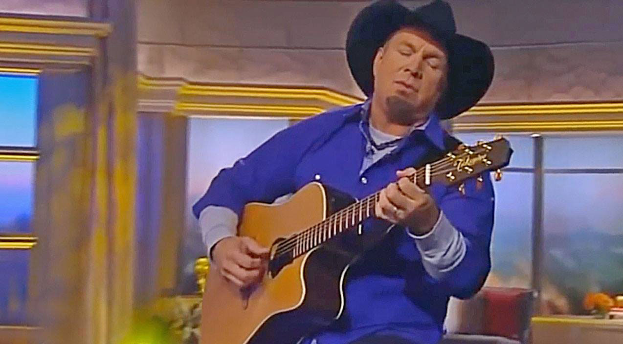 Garth brooks Songs | Garth Brooks Jumps Us Into Thanksgiving With Inspiring New Release | Country Music Videos