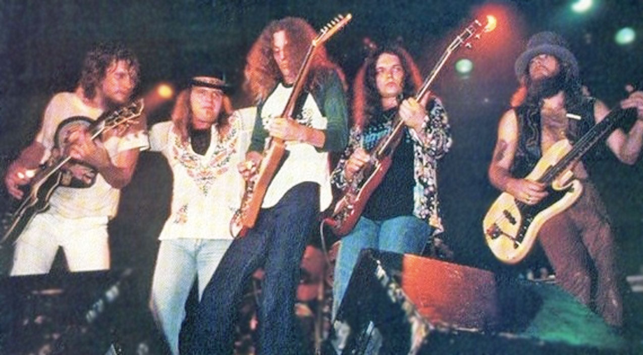 Lynyrd skynyrd Songs | Lynyrd Skynyrd Delivers Chilling Performance Of Unforgettable Song 'That Smell' | Country Music Videos