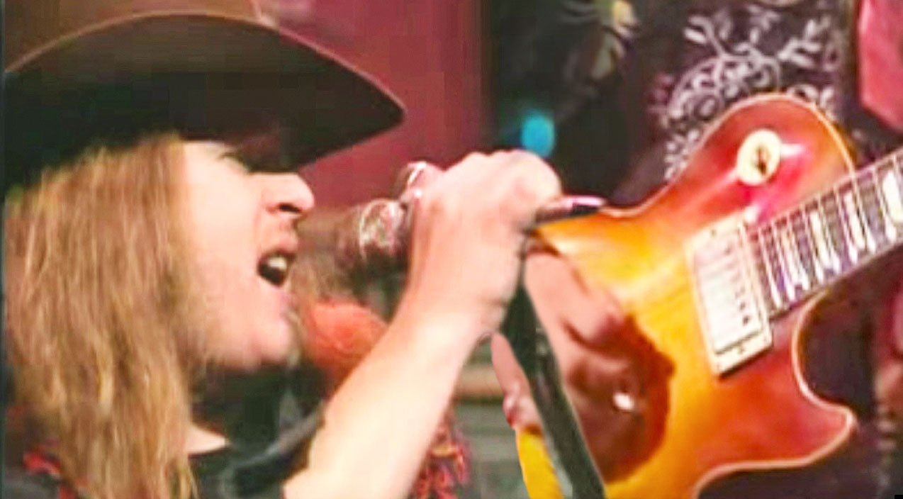 Lynyrd skynyrd Songs | Ridin' The Wind: Skynyrd Soars Across The Pond For Jivin' Renditon Of JJ Cale's 'Call Me The Breeze' | Country Music Videos