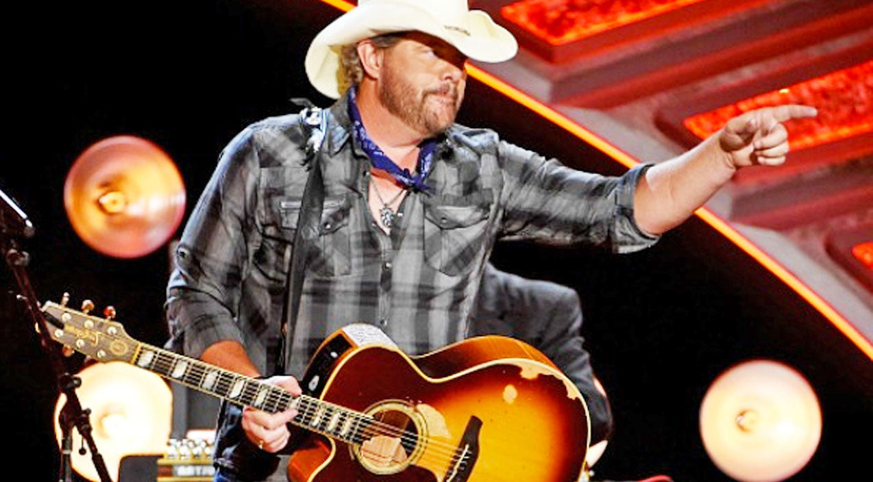 Toby keith Songs   Illinois Locals Protesting Toby Keith Following Inauguration Performance   Country Music Videos