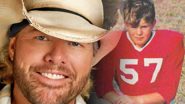 Toby keith Songs | Toby Keith Plays Football Guessing Game (WATCH) | Country Music Videos
