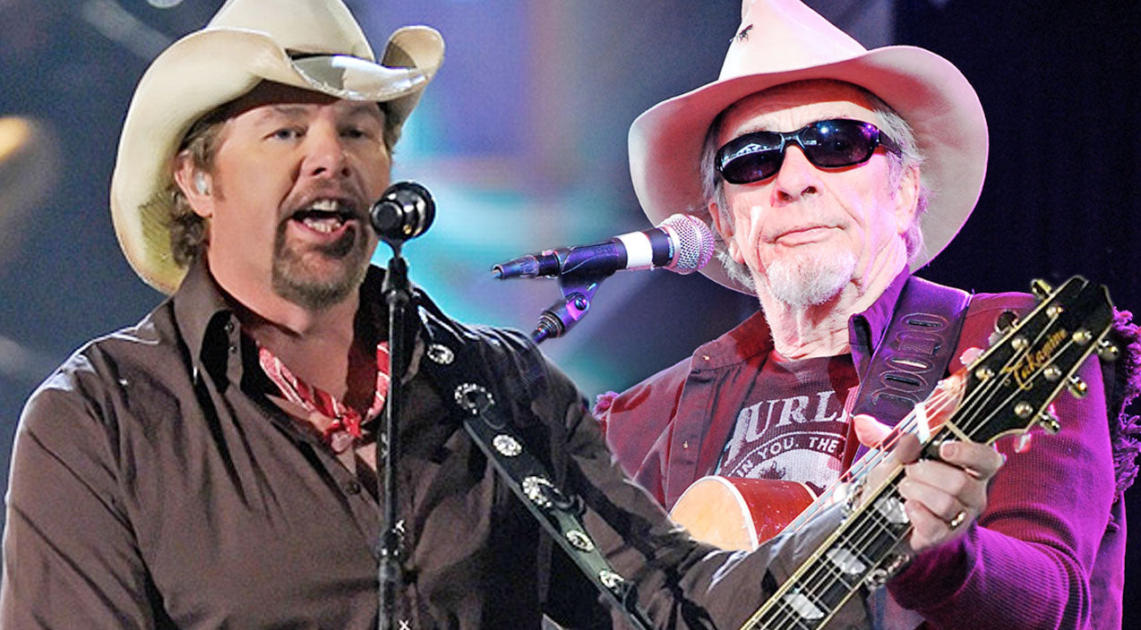 Toby keith Songs | Merle Haggard And Toby Keith Show Off Their Inner Outlaw With A 'Mama Tried' Duet To Remember | Country Music Videos
