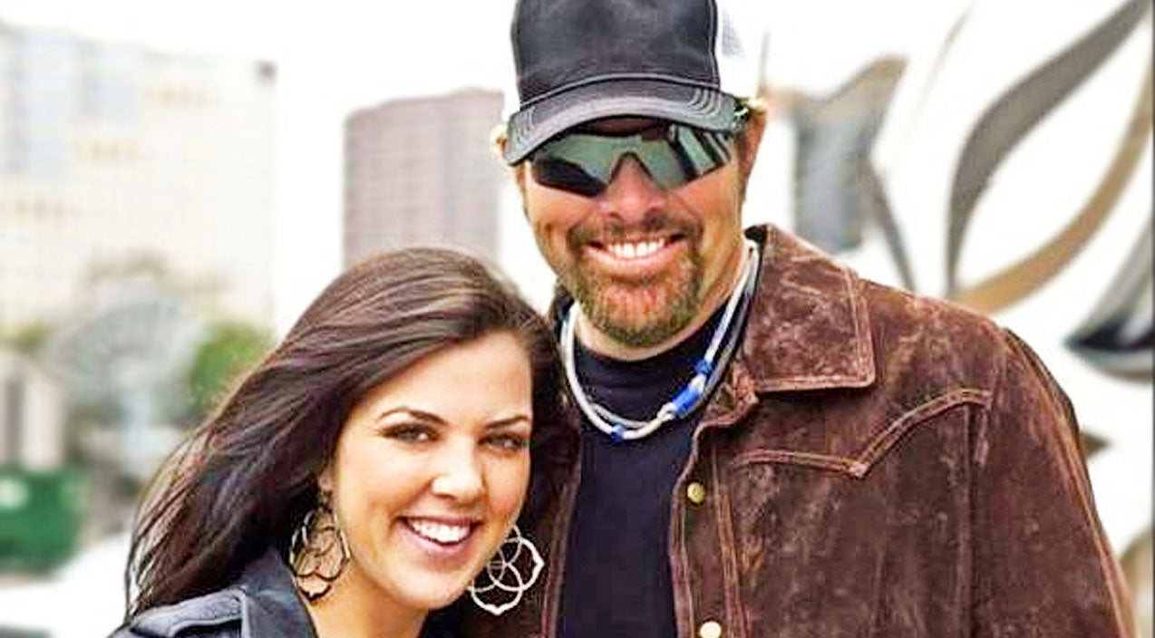 Toby keith Songs | Toby Keith's Daughter, Krystal, Shares Heartwarming Photos Of Her Baby Girl | Country Music Videos