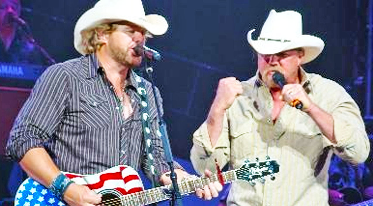 Trace adkins Songs | Trace Adkins & Toby Keith Honor Lives Lost On 9/11 Through Patriotic Salute To America | Country Music Videos